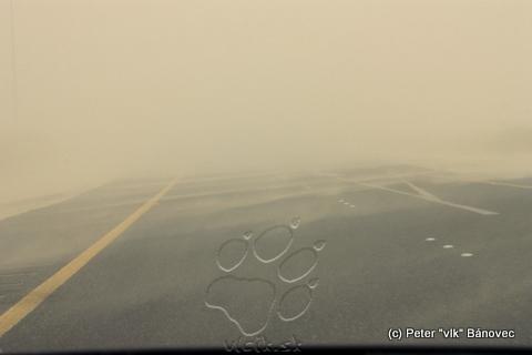Diaľnica do Saudskej Arábie - v piesočnej búrke