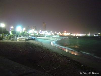 Nočné pobrežie