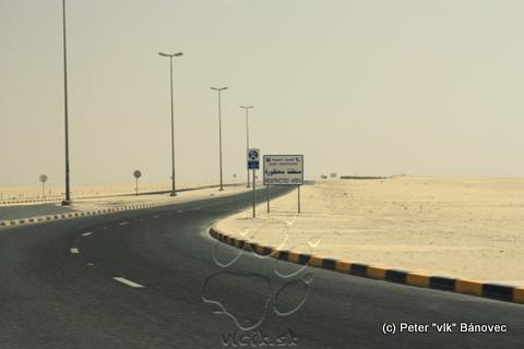 Ropné pole je prísne strážené a vstup do areálu zakázaný