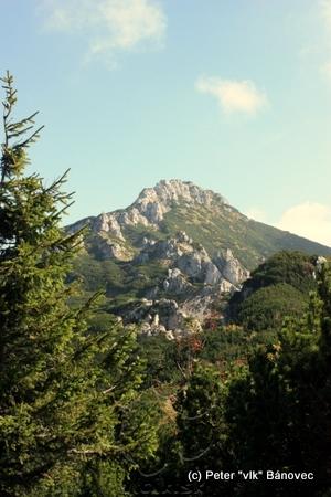 Sivý vrch v diaľke