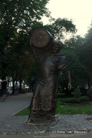 socha lákajúca na zastavenie sa v reštaurácii