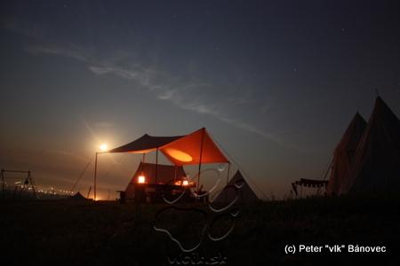 tábor VINEDI v noci