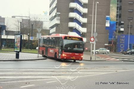 autobusy v centrách miest jazdia vo vyhradených pruhoch