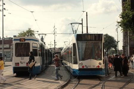 nástupište električiek na hlavnej stanici Amsterdam Centraal... ale ani tu nemajú dobrú povesť